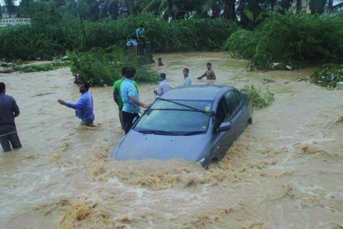 Cezayir Sel Ölenler