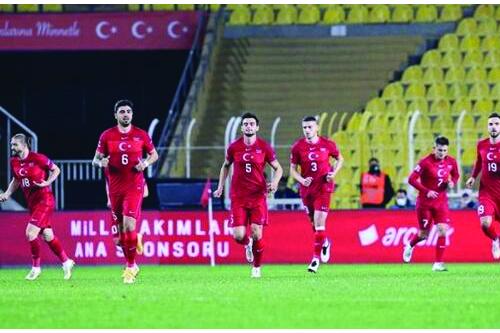 Hollanda Türkiye Maçı