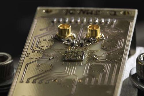 Kuantum Bilgisayarlar Kübit